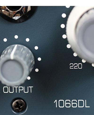 BAE 1066DL Closeup