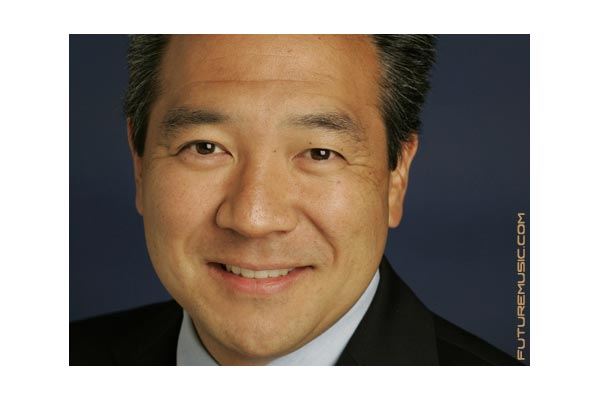 Warner Bros Home Entertainment Group President Kevin Tsujihara Named CEO