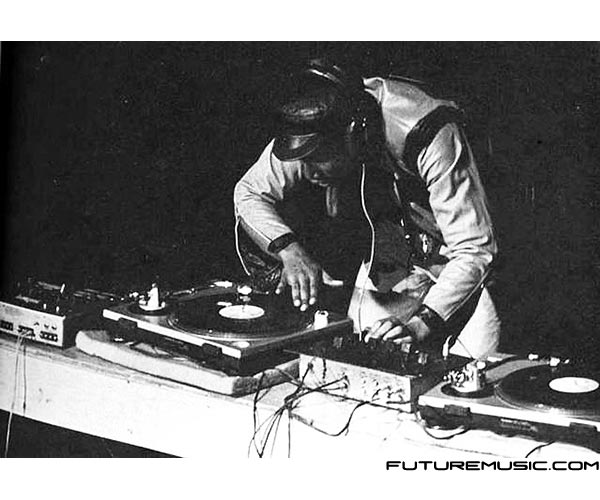 grandmaster-flash-scratchin'